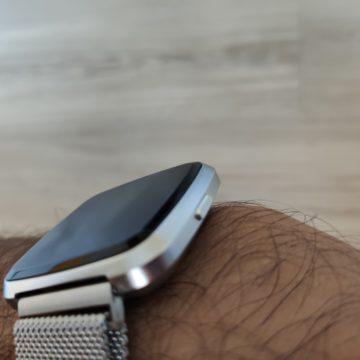 In prova lo smartwatch NO.1 G12, il clone del Fitbot Versa è servito