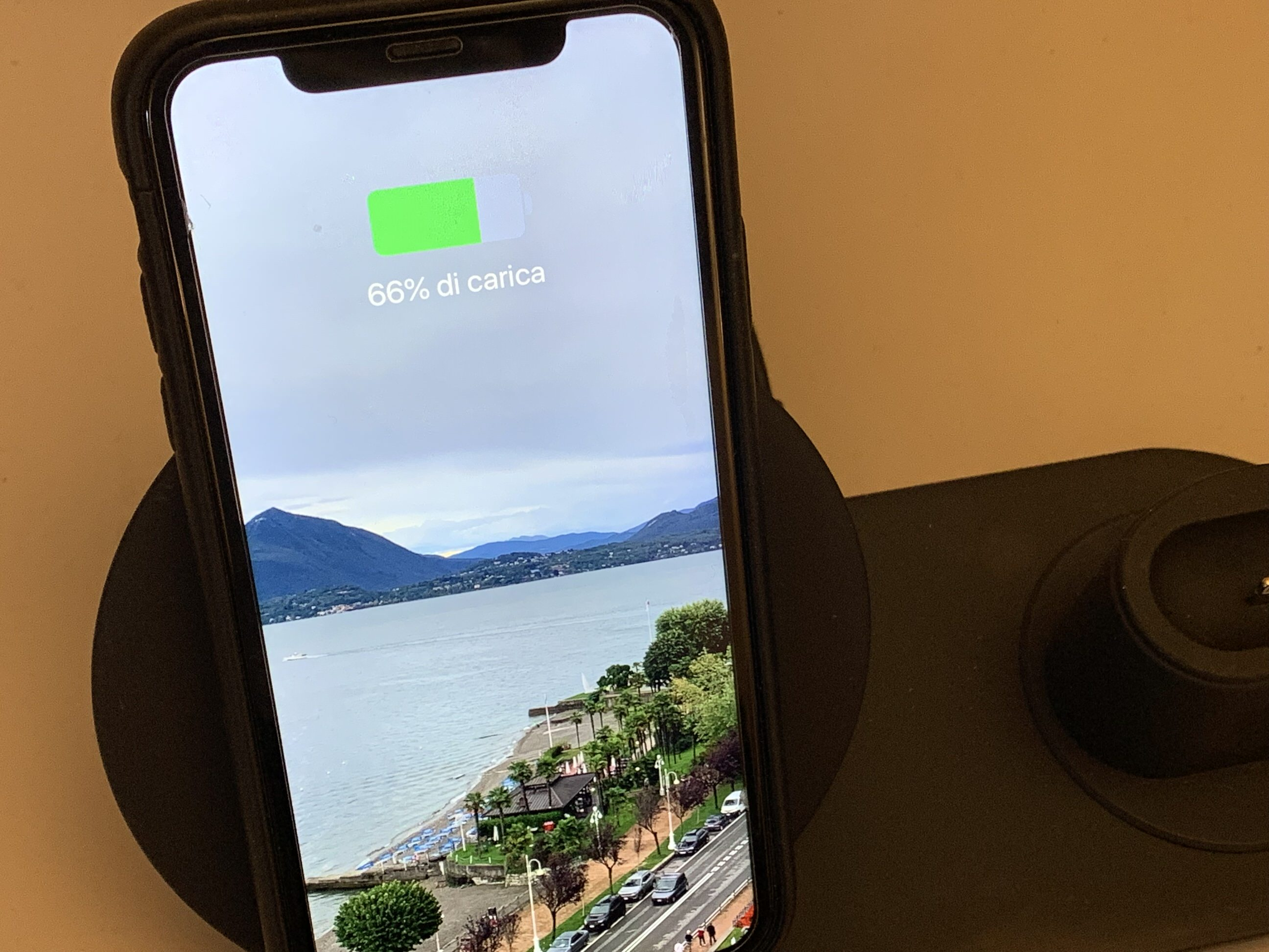 Recensione Fast Wireless Charger: ricaricate con un solo dispositivo iPhone, Apple Watch ed AirPods