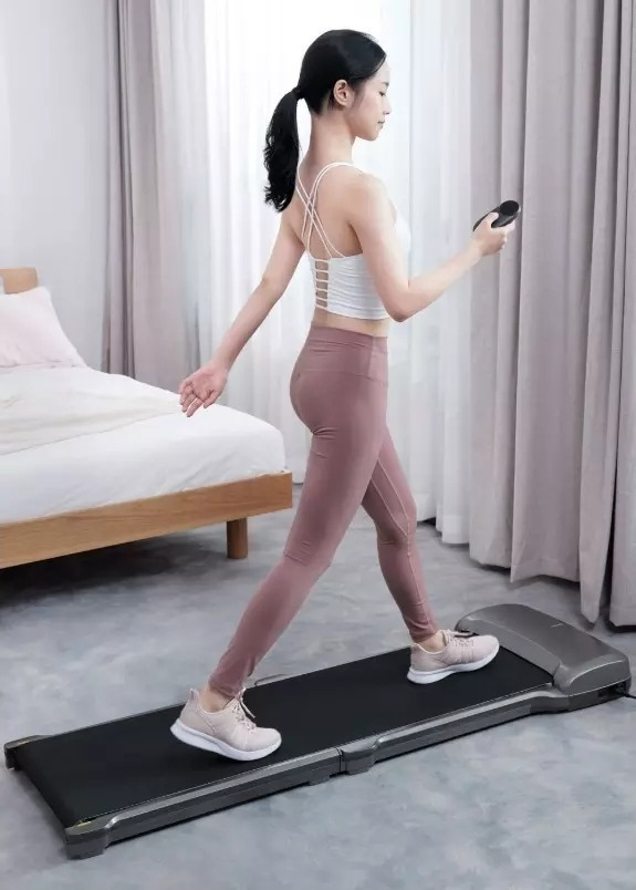Xiaomi youpin WalkingPad C1, il tapis roulant per caminate indoor regala la Mi Band 4