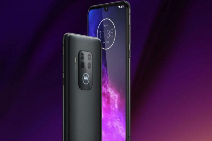 A IFA 2019 Motorola One Zoom, lo smartphone con quattro camere e sensore da 48 MP