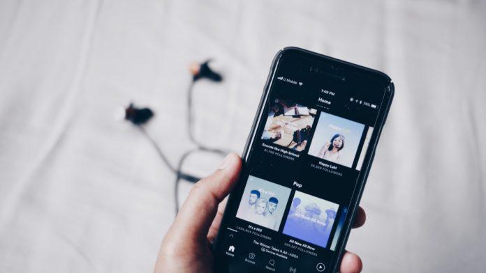 Spotify con Siri, presto il comando per chiedere la riproduzione dei brani