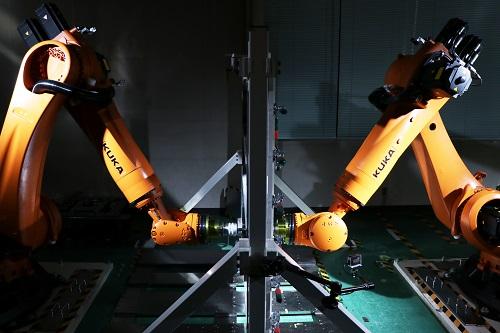 Nissan insegna ai robot a costruire i ricambi per le auto