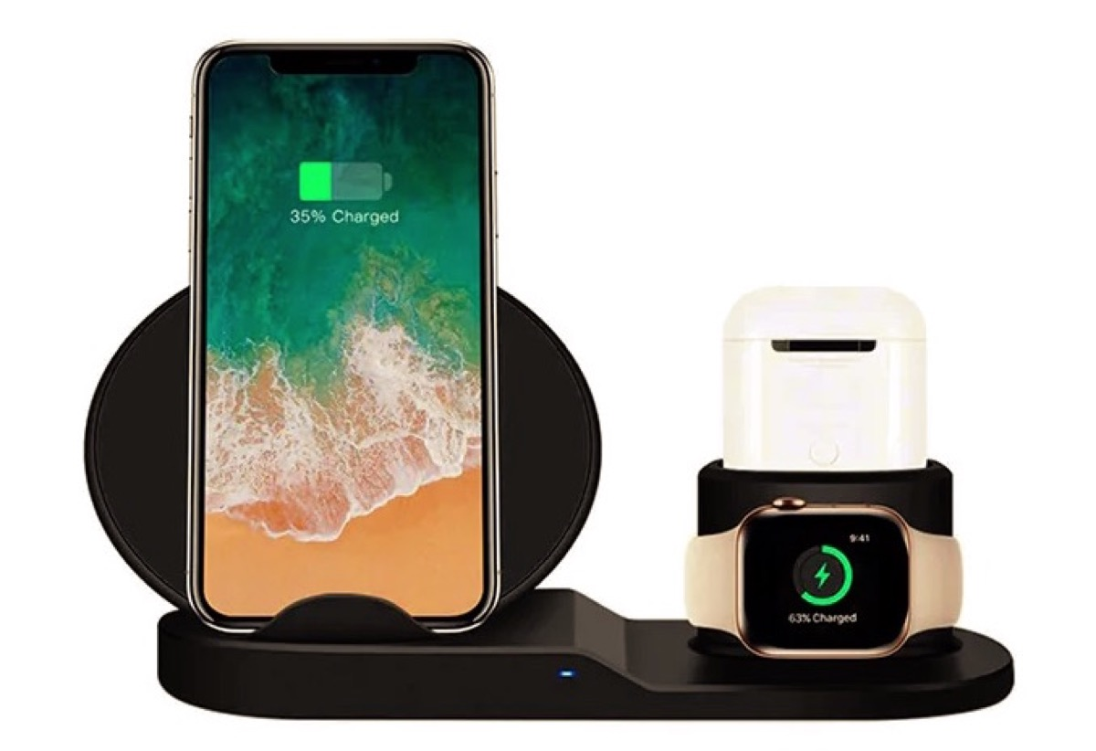 Caricatore wireless 3-in-1 per iPhone, Apple Watch e AirPods a soli 12,78 euro