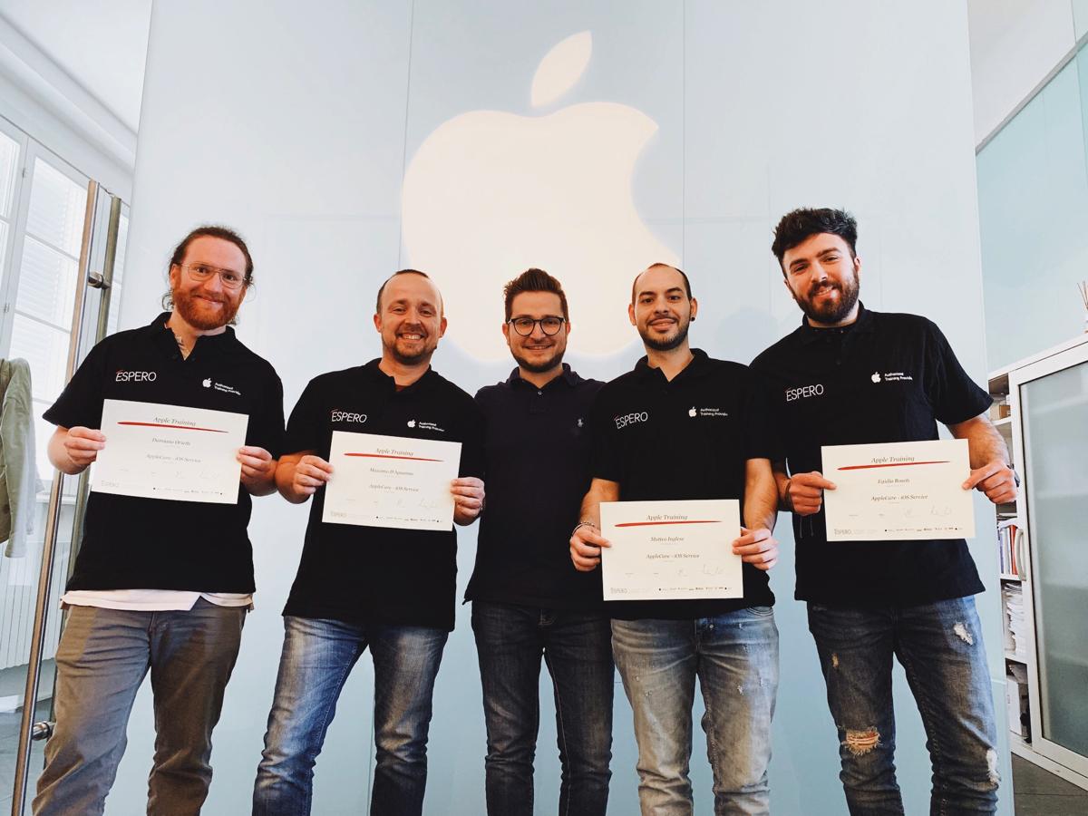 Chi ripara le mele di iPhone e Mac?
