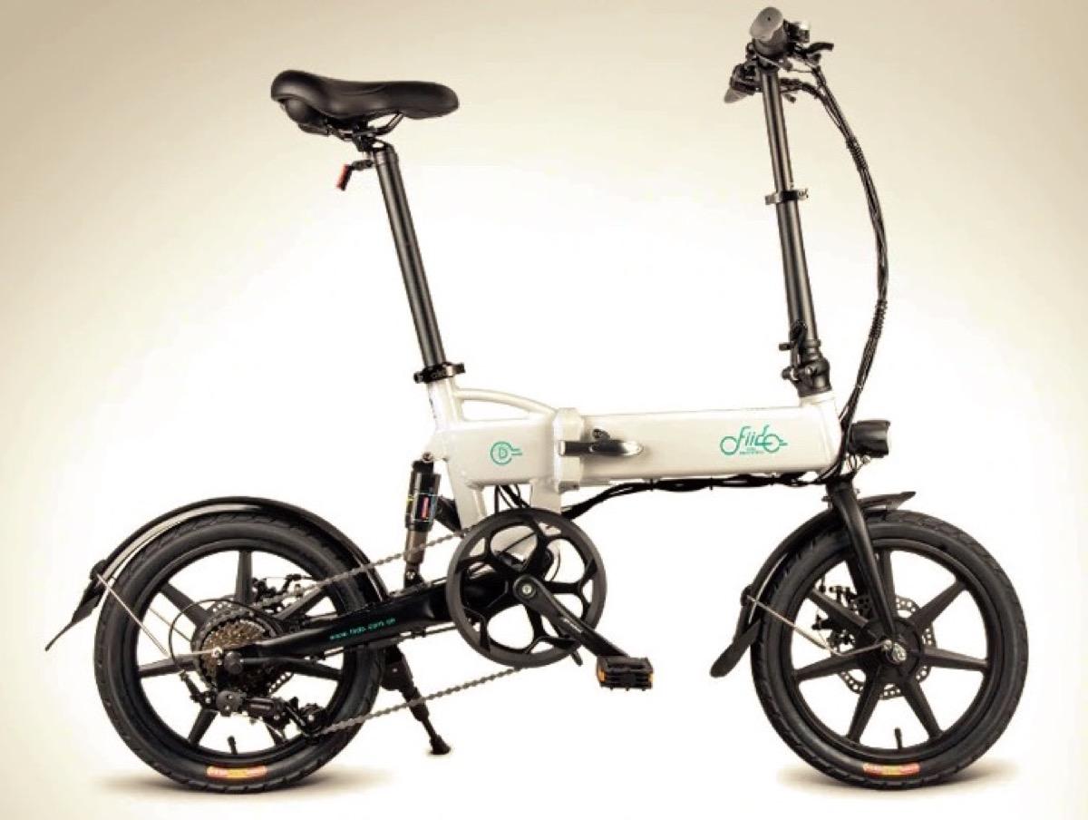 FIIDO D2, la bici elettrica pieghevole a velocità variabile è in super sconto