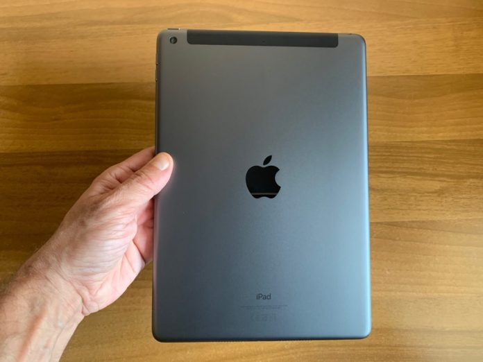 ipad 102 unboxing ott19 2019 10 01 152206