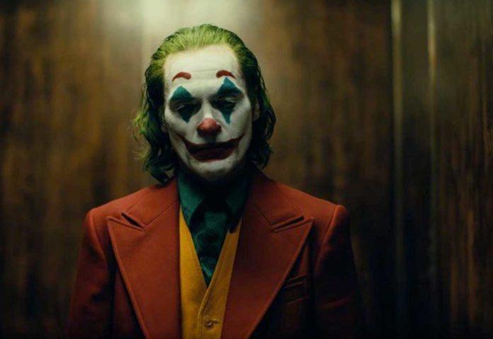 "Apple celebra l'uscita del film ""Joker"" consigliando app dedicate"