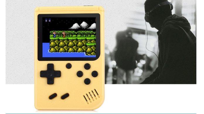 Ragebee 500, il clone gameboy anche multimplayer con supporto alla TV