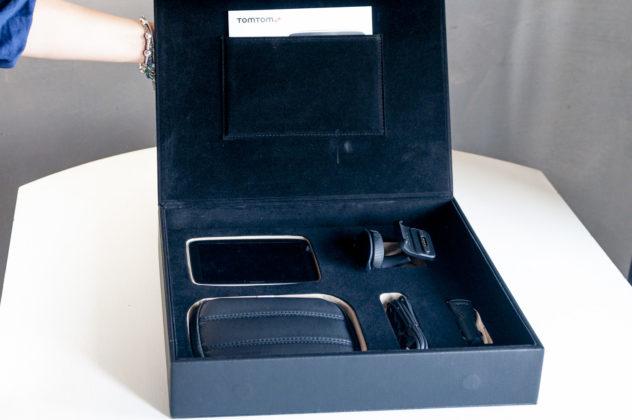 Recensione TomTom GO Premium X, il navigatore smart per sentirsi in prima classe