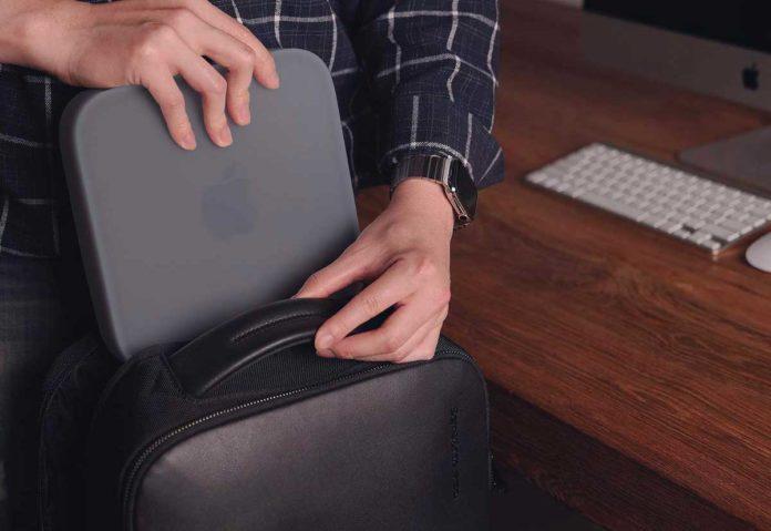 Elago, una cover in silicone per proteggere il Mac mini