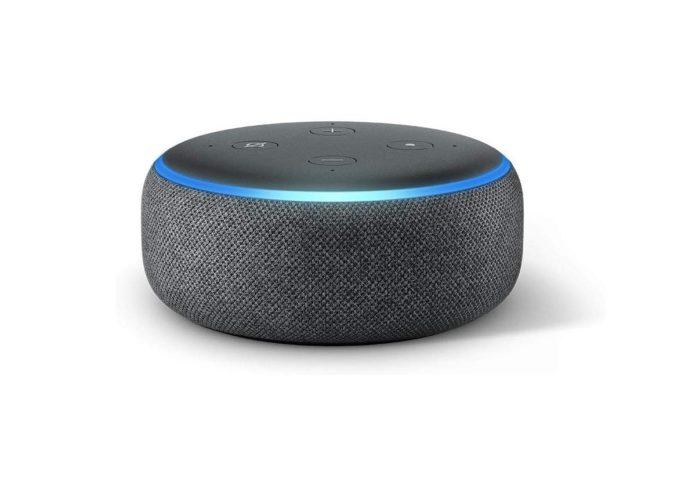 Studenti all'università? Potete pagare Amazon Echo Dot solo 14,99 euro