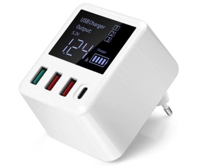 Caricatore 30W con display e 3+1 USB in offerta lampo a soli 12,76 euro