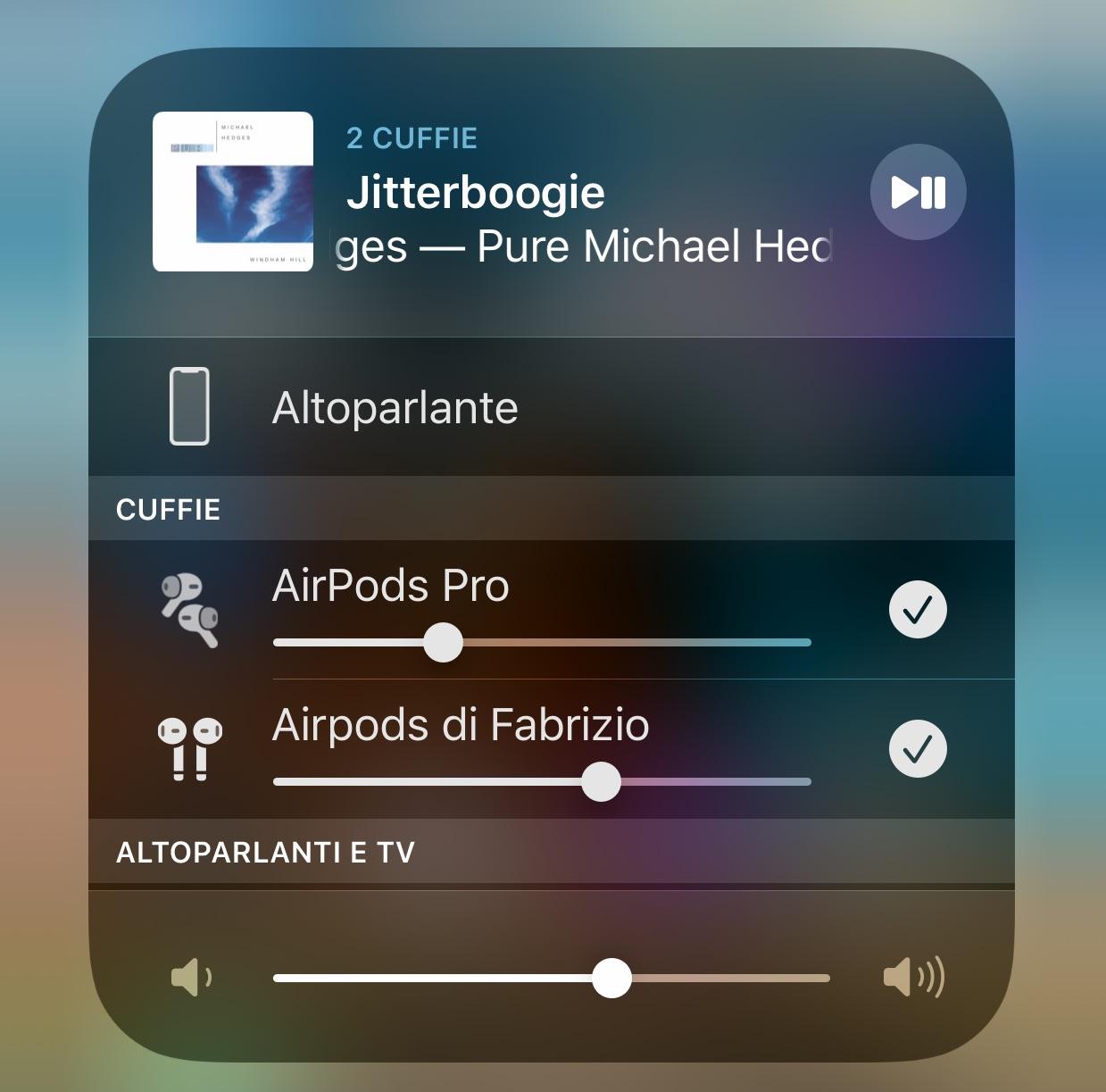 Condividere la musica con AirPods o auricolari Beats: come usare la funzione di iOs 13