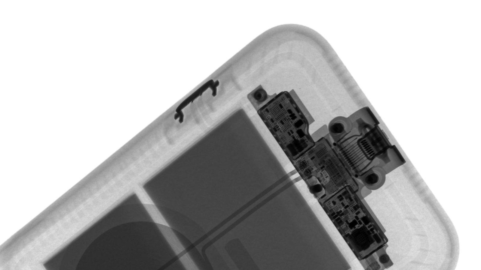 La Smart Battery Case per iPhone 11 ai raggi X