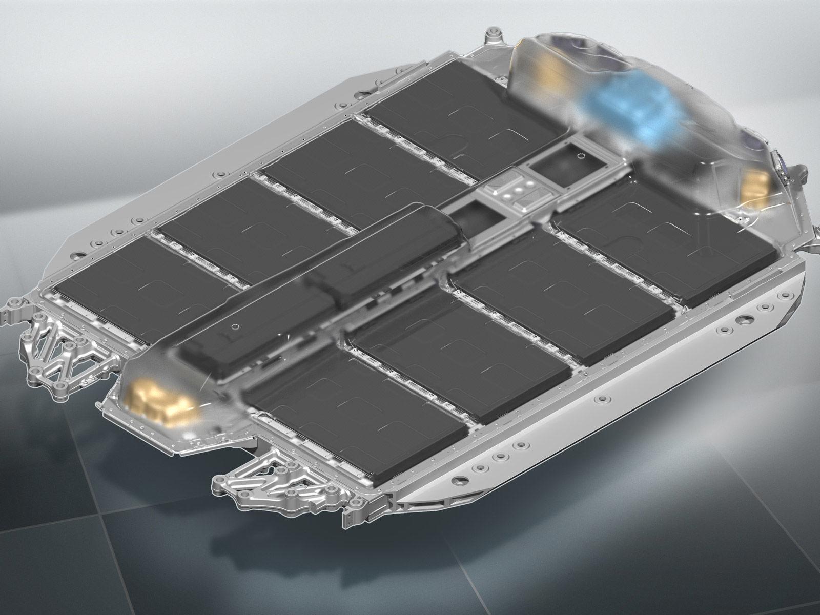 La BMW i4 elettrica promette fino a 600 km di autonomia