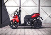 SEAT ha creato una divisione per promuovere la mobilità urbana e ha presentato l'e-Scooter concept