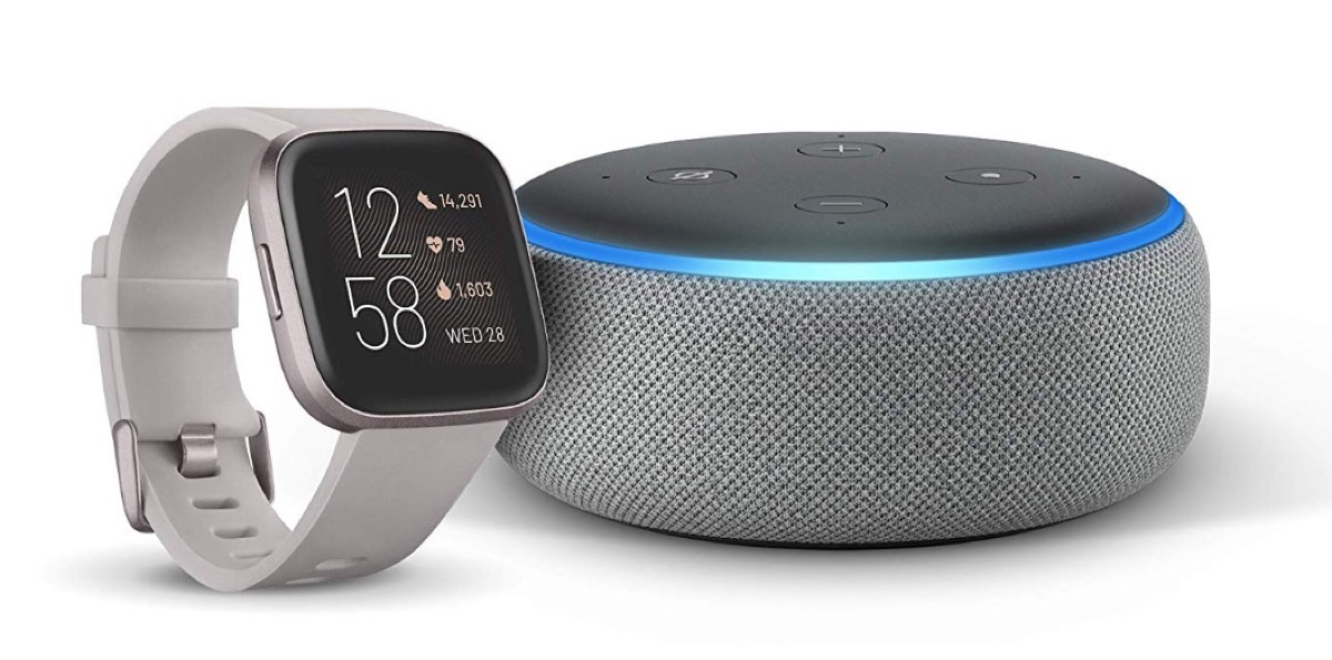 Echo Dot in regalo comprando Fitbit Versa 2