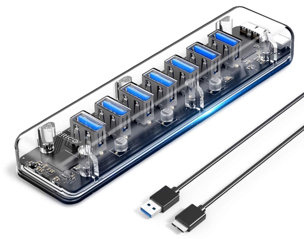 Hub trasparente con 7 porte USB 3.0 in sconto a soli 16,19 euro