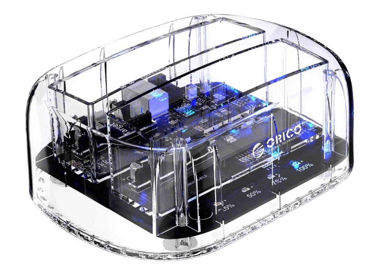 Orico, docking station Dual-Bay tutta trasparente in sconto a 35 euro