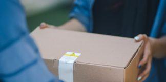 Amazon, gli acquisti si provano più a lungo: i resi slittano al 31 gennaio