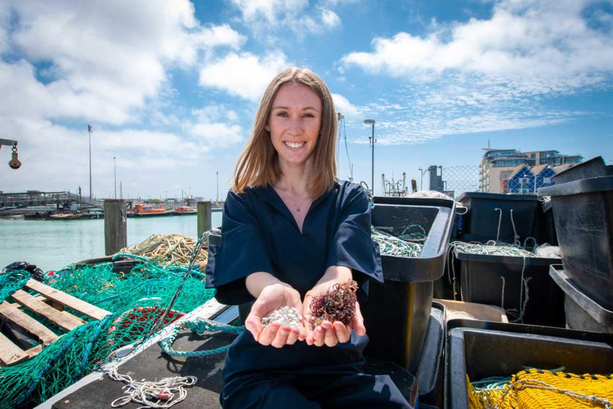 La plastica biodegradabile che arriva dal mare vincitrice dal James Dyson Award 2019