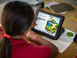 """Apple amplia """"Programmare è per tutti"""" per offrire più risorse sul coding a insegnanti e studenti"""