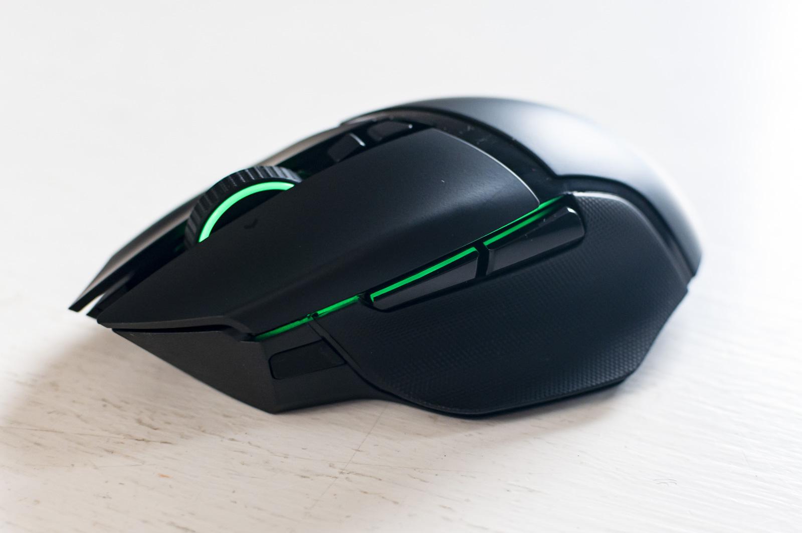 Razer Basilisk Ultimate, recensione del mouse più potente del mondo