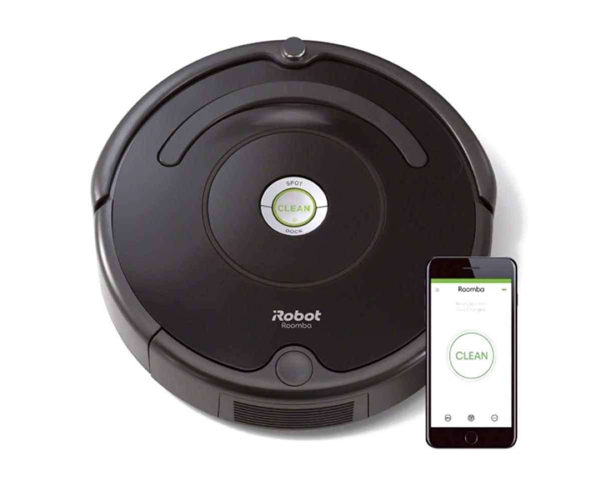 iRobot Roomba in sconto Black Friday: due soluzioni a partire da 199,99 euro