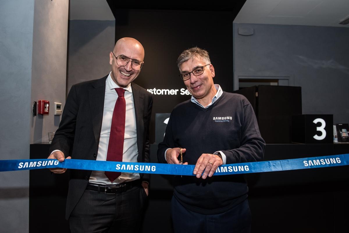 Samsung Customer Service a Milano riapre con  nuovi layout e servizi