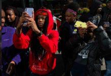 Apple collabora con 100cameras per insegnare agli studenti di Chicago come fotografare con iPhone