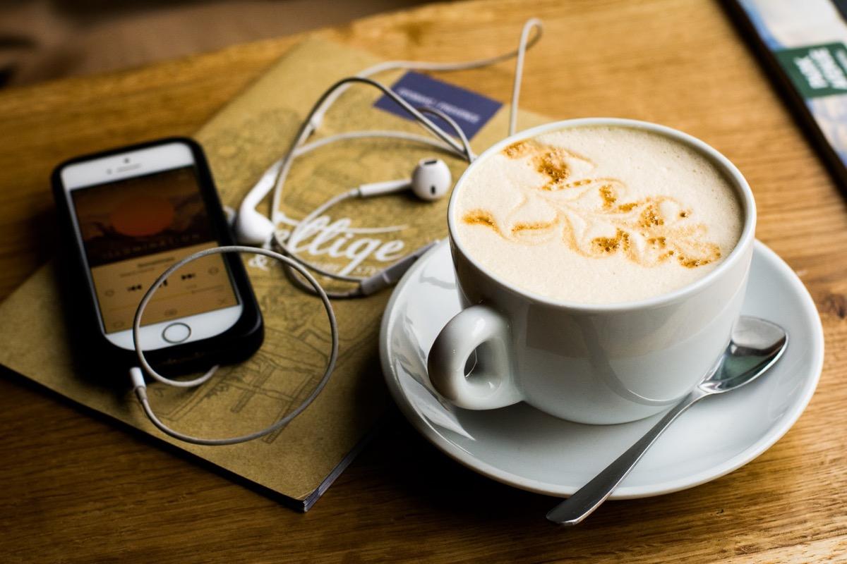 I podcast di Apple ora funzionano con gli speaker Echo