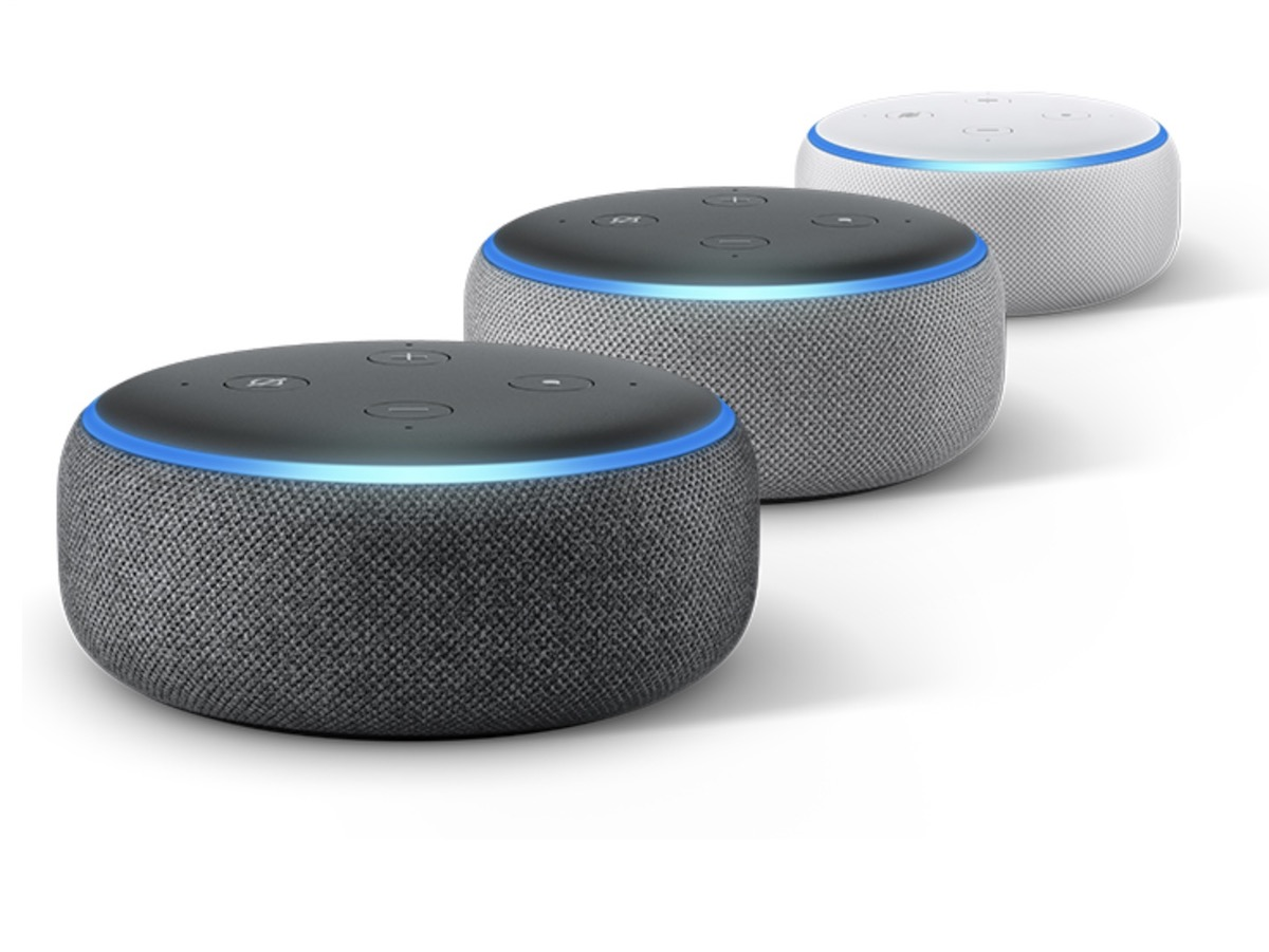 Per Amazon Echo Dot è ancora Black Friday: 24,99 euro e vi arriva per Natale
