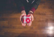 Tre consigli per fare i giusti regali di Natale, aiutandosi con Oval