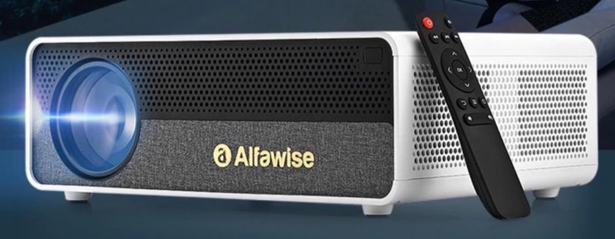 Alfawise Q9, il videoproiettore con 4K e 3D è in offerta lampo