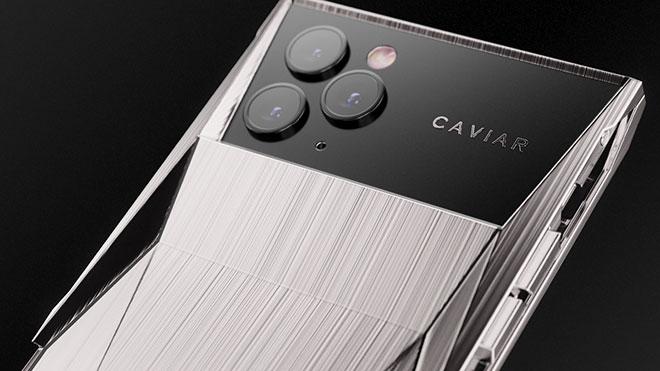 Cyberphone, Caviar trasforma iPhone 11 Pro in una Tesla Cybertruck