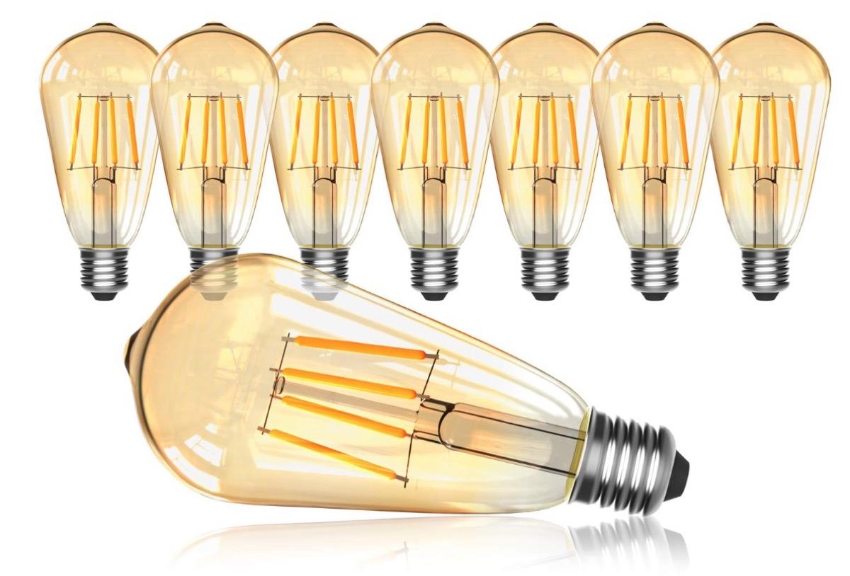 Otto lampadine a filamento LED scontate del 70% con un codice