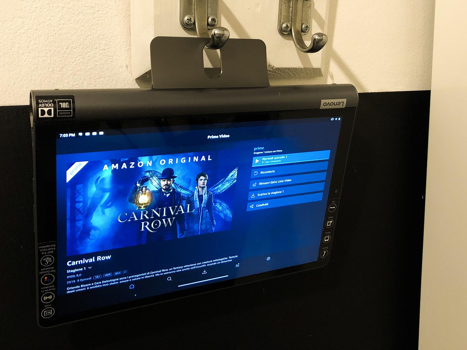 Recensione Lenovo Yoga Smart Tab, il tablet inaspettato per la casa