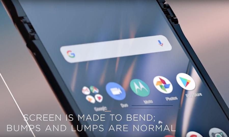 I pieghevoli sono delicati, un video spiega come prendersi cura di Motorola RAZR