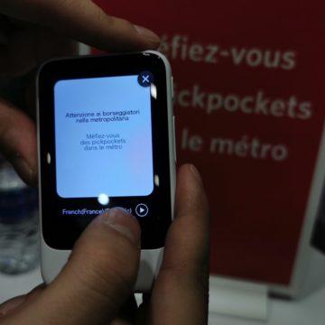 PocketTalk versione 2: il traduttore da viaggio pià potente, leggero e ora vede e calcola