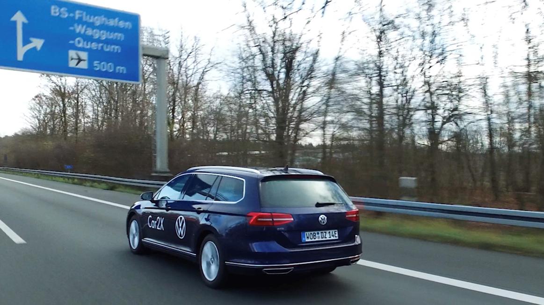Guida autonoma, in Germania un tratto autostradale di 7 chilometri per sistemi di comunicazione Car2X