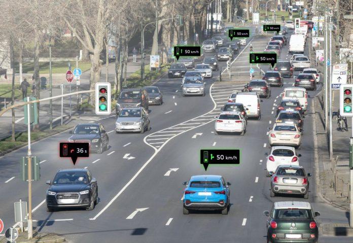 Audi Traffic Light Information: guidare connessi alla città