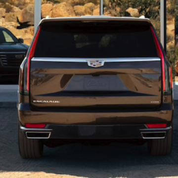 Il primo cruscotto P-OLED di LG debutta sulla nuova Cadillac Escalade 2021