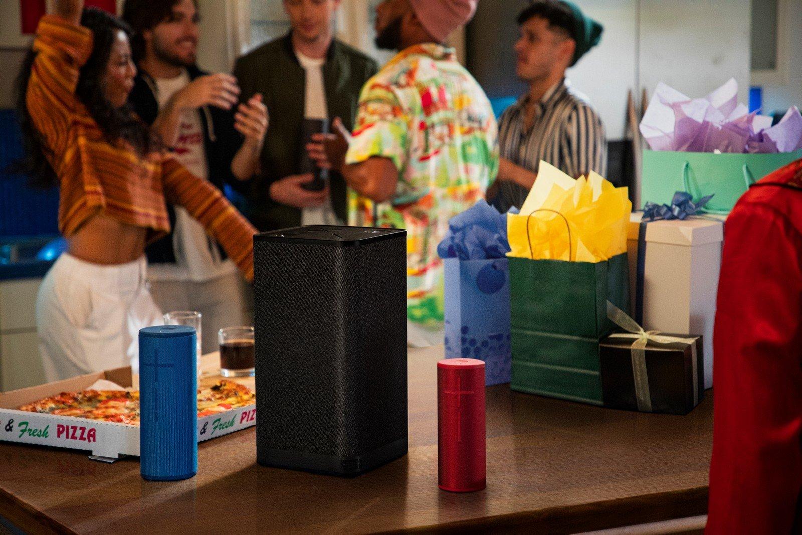 L'altoparlante Hyperboom di Ultimate Ears è quello che vi serve per animare una festa