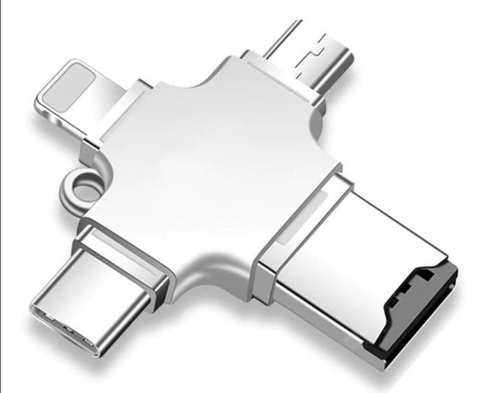 Gocomma 4-in-1, il lettore MicroSD con connettore Lightning, MicroUSB e USB-C che costa solo 9,15 euro