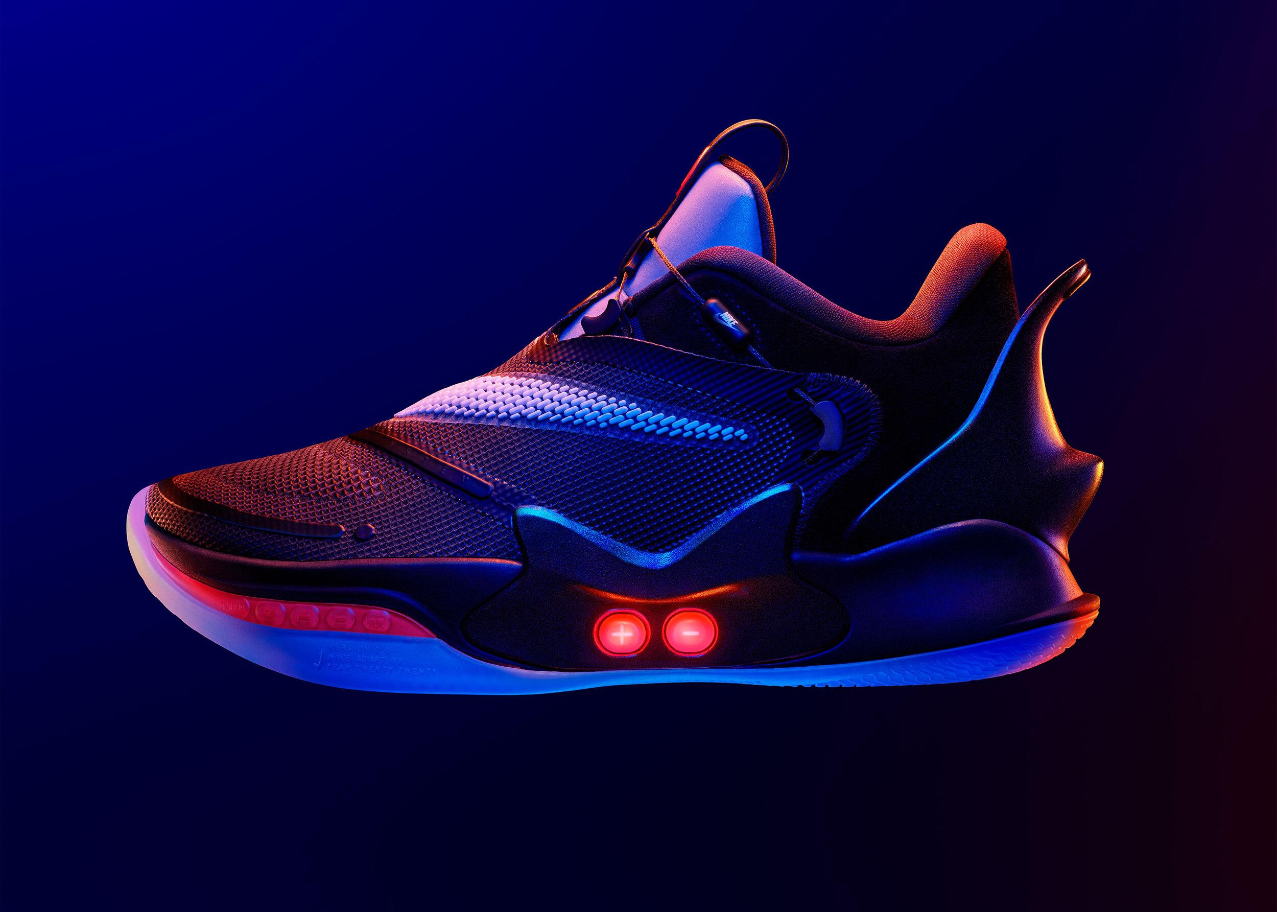Nike Adapt BB le scarpe che si allacciano da sole in vendita