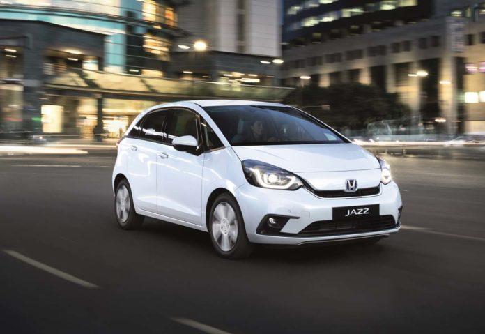 La nuova Honda Jazz con tecnologia ibrida e:HEV offre tre modalità di guida