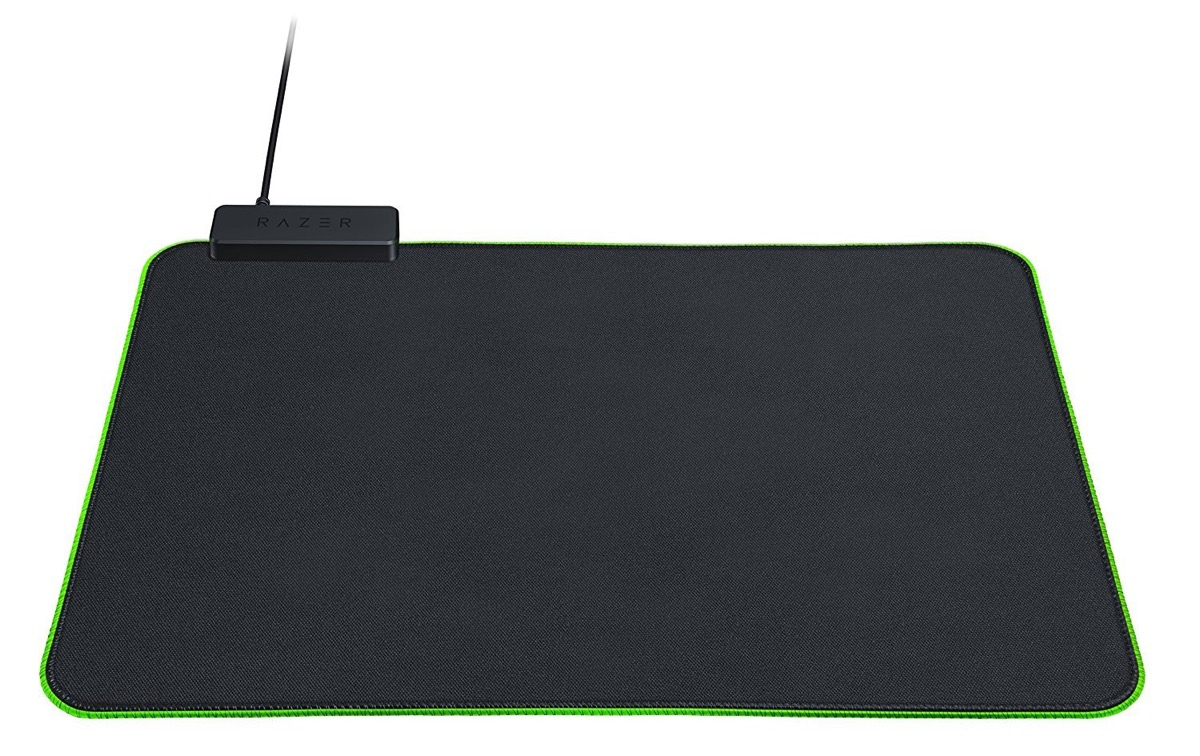 Razer Goliathus Chroma, il mousepad LED per gaming a metà prezzo: solo 19,99 euro