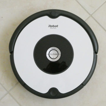 Ecovacs Deebot 605 contro iRobot Roomba 605, il confronto di Macitynet