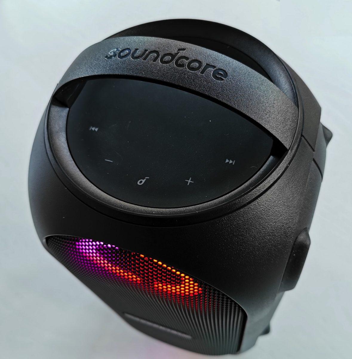 Recensione Anker Soundcore Rave mini: speaker con luci e giochi per fare festa in casa e all'aperto