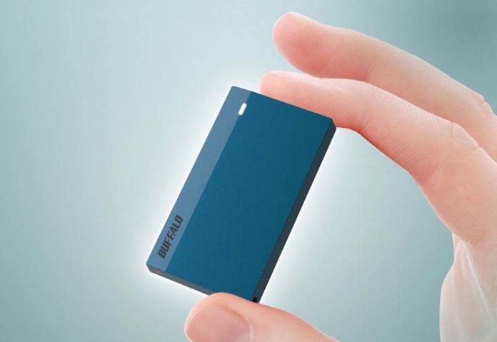 Buffalo, un SSD esterno resistente agli urti piccolo come una scatola di Tic Tac